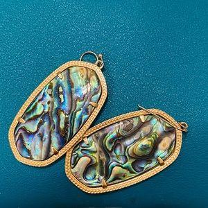 """🦚 Kendra Scott """"Danielle"""" Earrings in Abalone 🦚"""